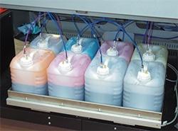 Sistema de abastecimento de 10 kg (aprox. 10 litros)